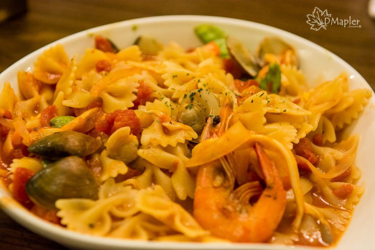 高雄左營|235巷Pasta義大利麵(巨蛋富國店)